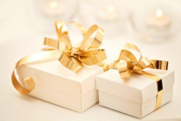 Mencari Kado untuk Pernikahan? 10+ Inspirasi Hadiah Pernikahan yang Berdaya Guna Ada di Sini