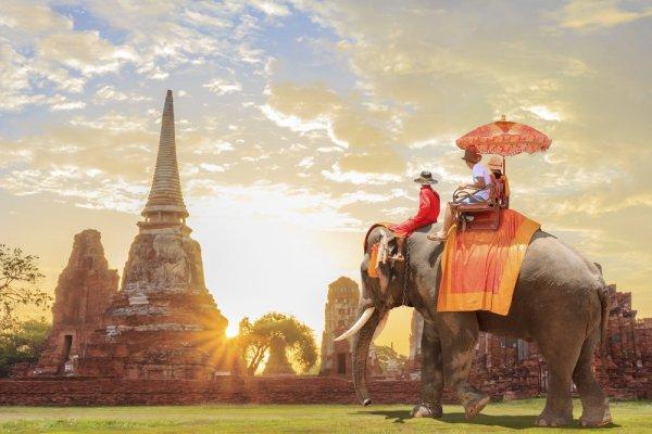 6 Travel Agent dan Destinasi Tour Thailand yang Wajib Kamu Kunjungi di Akhir Tahun Ini!