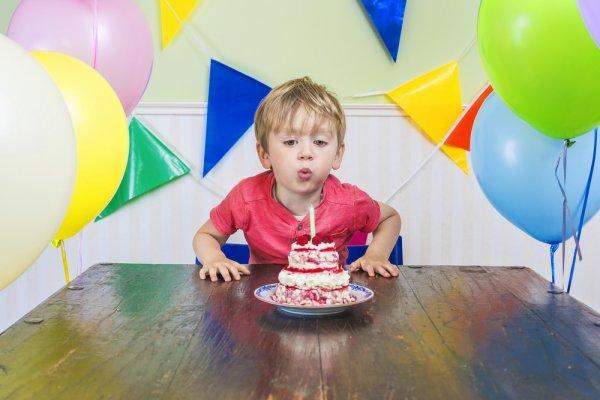 Tips Memilih Hadiah Ulang Tahun dan Inspirasi 9 Hadiah Ulang Tahun untuk Anak Usia 2 Tahun