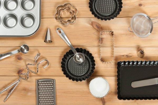 Isi Dapurmu dengan 10 Peralatan untuk Membuat Kue yang Keren Ini