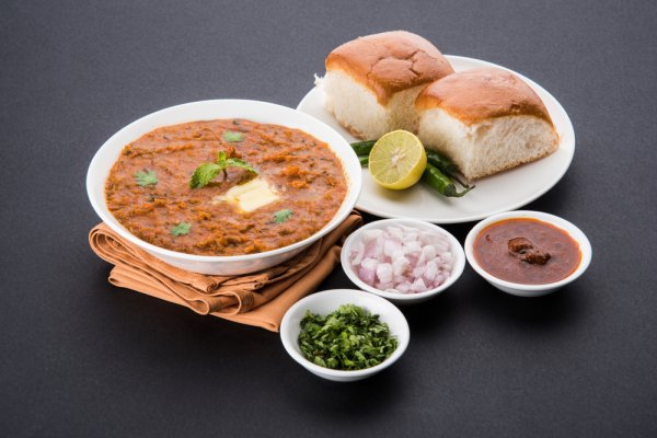 Go on a Culinary Journey Across India, Starting with One of the Best Places for Street Food - Mumbai! The Best Street Food in Mumbai (2020)