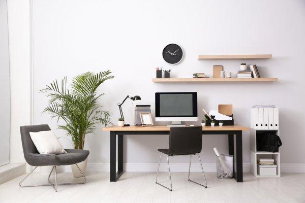 Yuk, Kerja Lebih Fokus dan Produktif di Rumah dengan 10 Rekomendasi Meja Kerja Kayu Berikut (2020)