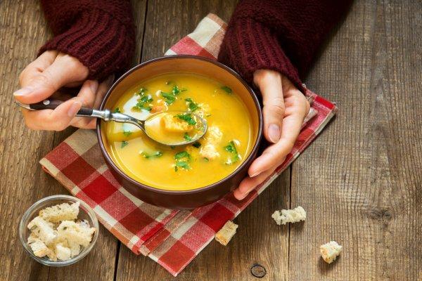 Yuk, Cek 15+ Rekomendasi Sup Mancanegara yang Bisa Dibuat Sendiri di Rumah (2018)
