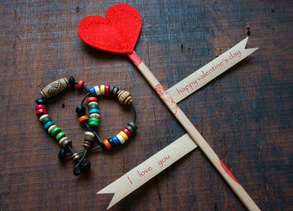 Kompak, Romantis dan Unik, dengan 8+ Gelang Couple Pilihan untuk Anda dan Pasangan