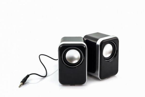 Semakin Asyik Mendengarkan Musik dengan Pilihan 10 Speaker Komputer Terbaik 2018