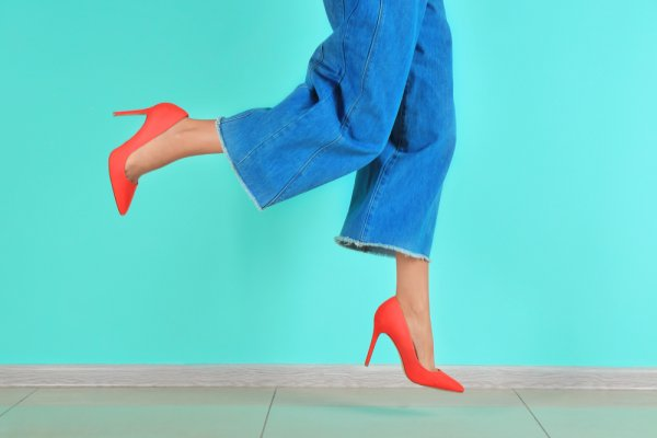 Rekomendasi 8 Celana Kulot Bermotif yang Cantik untuk Busana Harianmu
