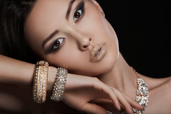 9 Merek Perhiasan Jepang Premium yang Cantik dan Elegan Ini Memang Tak Ada duanya!