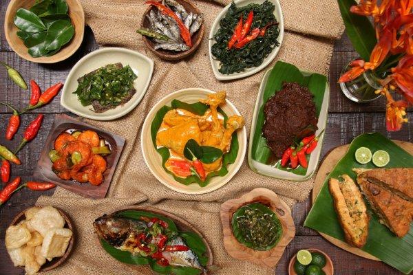 Bukan Cuma Enak, 10 Makanan khas Indonesia Ini Punya Nama yang Unik dan Bikin Ngakak