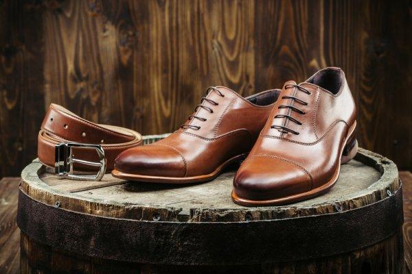 10 Rekomendasi Sepatu Pesta untuk Pria yang Ingin Tampil Elegan untuk Acara Penting (2020)