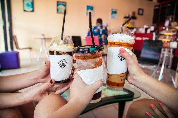 Berminat Berbisnis Thai Tea? Kamu Bisa Menjalin Kemitraan dengan 7 Rekomendasi Merek Thai Tea Ini