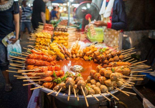 10 Rekomendasi Makanan Enak dan Murah Ini Wajib Banget untuk Dicoba