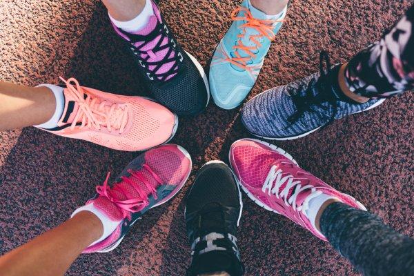 Ini 10 Rekomendasi Sepatu Skechers yang Keren dan Nyaman untuk Pria dan Wanita (2019)