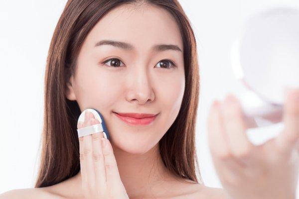 Ingin Kulit Sehat dan Cantik? Cobalah 10 Rekomendasi BB Cream Wardah Terbaik dan Menjadi Favorit para Wanita (2021)