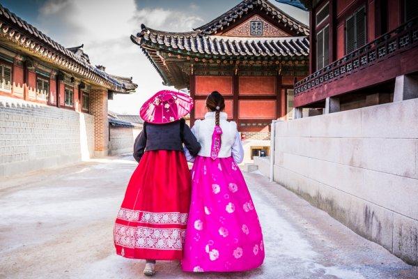 Jangan Cuma Mimpi Wisata Murah ke Korea, Ini Dia Tur Murah yang Kami Rekomendasikan untuk Kamu!