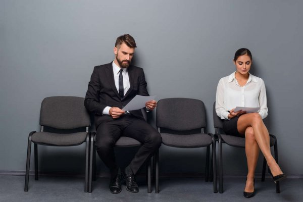 Interview Dress Code for Males and Females to Convince the Hiring Manager that You're a Great Fit for the Company.