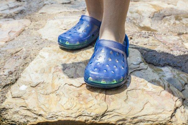 fe85aeb3295c00 Cara Membedakan Sepatu Crocs Asli dan Palsu dan 8+ Model Populernya! (2018)