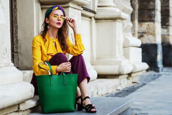 Kamu Penggemar Tas Branded? Intip Dulu yuk, 10 Rekomendasi Tas Wanita Elizabeth nan Elegan Ini! (2020)