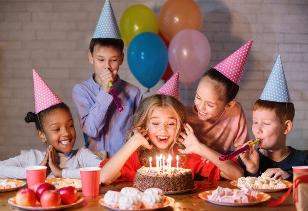 Sebentar Lagi Ulang Tahun Anak? Yuk, Cek Dulu 5 Resep Kue Ulang Tahun Anak Kekinian yang Bisa Dibikin Sendiri (2020)