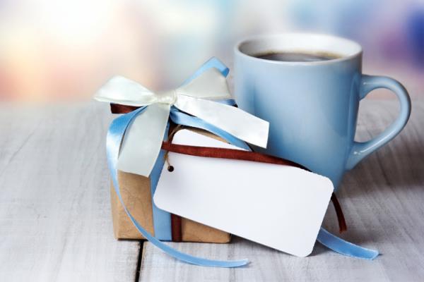 अगर आप भी एक चाय प्रेमी को कुछ उपहार देने जा रहे हैं, तो आपको इन 10 सुंदर उपहार विकल्पों पर गौर करना चाहिए जो आप उसे देने के बारे में सोच सकते हैं। यह अद्भुत होने के साथ-साथ बहुत सस्ते भी हैं। (2019)