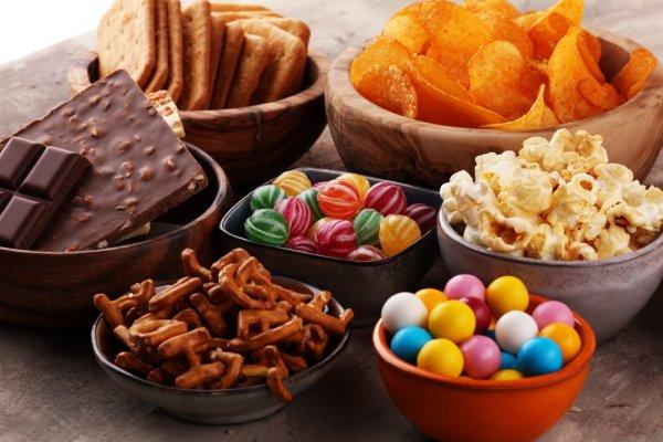 Biar Nggak Bosan Menunggu, Yuk, Ngemil 9 Rekomendasi Snack Gurih Ini!
