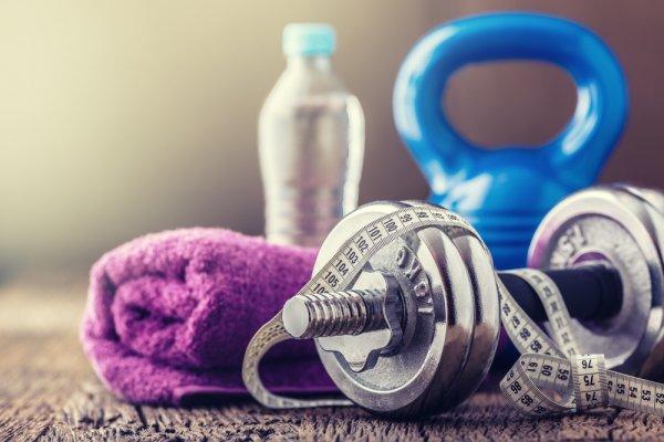 Jadwal Padat tetapi Ingin Berolahraga? 9 Rekomendasi Perlengkapan Ini Bisa Membantu Anda untuk Fitness di Rumah