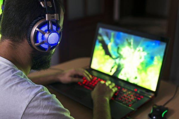 Menikmati Game dengan 8 Laptop Gaming Seharga Rp 4 Jutaan