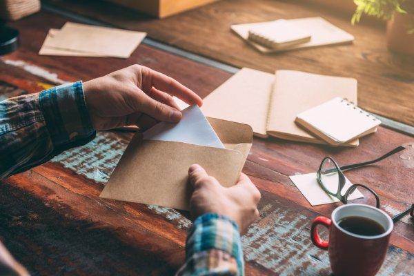 Open When Letter, Hadiah yang Sederhana Namun Berkesan untuk Pasangan  atau Sahabat yang Jauh