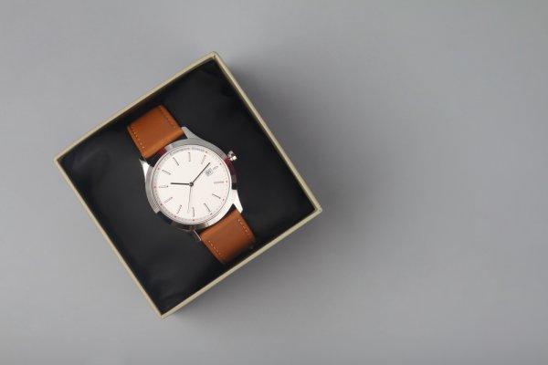 Lengkapi Gaya Kamu dengan 10 Rekomendasi Jam Tangan Pria Terbaik Ini (2020)