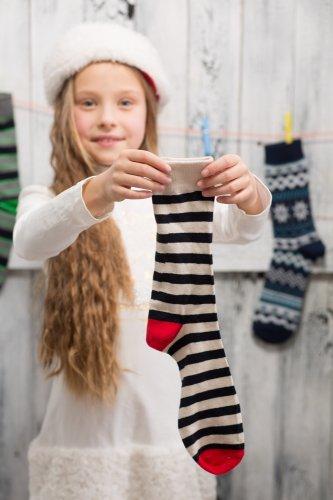 Makin Girly dan Menarik dengan 9+ Pilihan Kaos Kaki yang Pas untuk Anak Perempuan