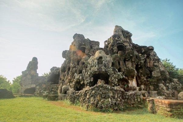 Nikmati Liburan Asyik di 10 Hotel Terbaik Cirebon untuk Lepaskan Penat Hari-hari Kerja Anda!