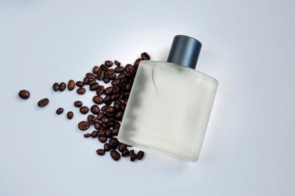 7 Rekomendasi Parfum Pria 2019 dengan Wewangian Kopi yang Menawan