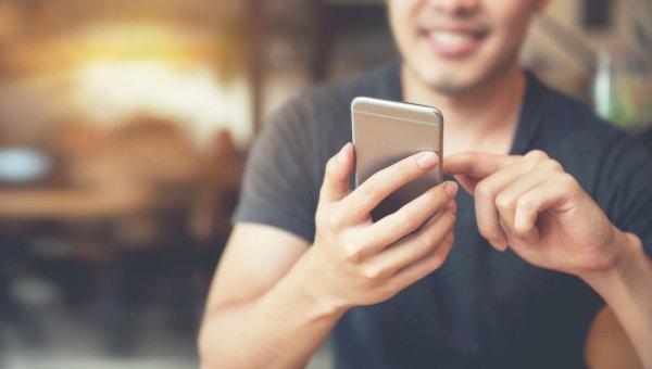 Butuh Handphone untuk Bisnis? 9 Handphone  Ini Punya 3 Slot SIM Card yang Bikin Urusan Bisnis Semakin Lancar