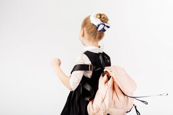 8 Pilihan Tas Anak TK Perempuan Terbaik yang Layak Dipertimbangkan