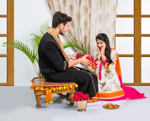This Bhai Dooj Shower Love and Affection on Your Precious Sister. Your Guide to 10 Memorable Bhai Dooj Gifts Your Sister Will Not Forget (2020)