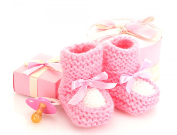 Practical Advice on Buying Gifts for Babies   Adorable Gift Sets for Newborn  Baby Girls 72d990d82ab4