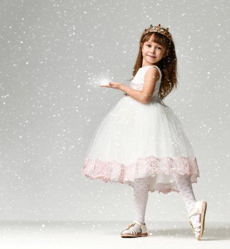 10 Rekomendasi Sepatu Pesta untuk Anak Perempuan Ini Bikin Tampilannya Makin Stylish (2020)