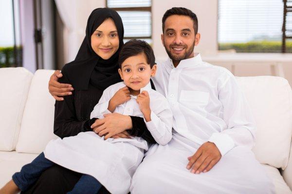 Selalu Tampil Islami dengan 10 Baju Muslim Keke untuk Keluarga yang Modis dan Syar'i
