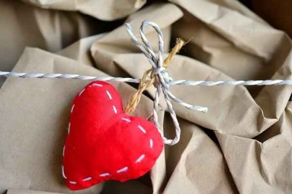 If You Are the Crafty or DIY Type, Then We Bet You'd Like to Make Your Boyfriend Something Special(2019): 10 Terrific DIY Gift Ideas That Will Make Your Boyfriend Smile.