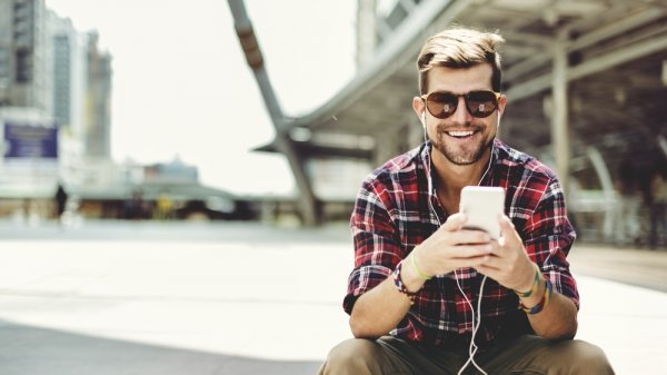 Cari Earphone Terbaik? 8 Rekomendasi Earphone Sony Ini Nggak Bakal Bikin Kamu Menyesal