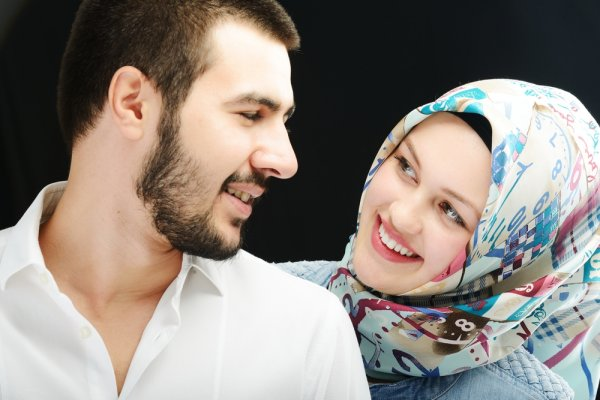 12 Eid Gifts for Men: Wish Your Hubby Eid Mubarak in Creative Ways With Unique Gifts for Husband on Eid 2020