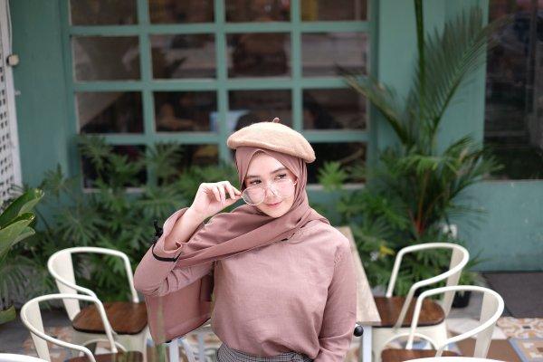 9 Aksesori Hijab Cantik Kekinian untuk Menambah Kesan Anggun Dalam Berhijab (2019)