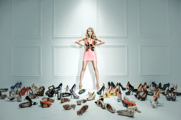 Yuk, Pilih Salah Satu dari 10 Rekomendasi Sepatu Wanita yang Keren dan Berkualitas Ini untuk Menunjang Gayamu