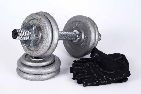 Sweaty Hands or Moving on to Much Heavier Weights? Gym Gloves Can Help Make Your Workout Smoother: 10 Gym Glove Sets Carefully Chosen to Suit Your Sport & Gym Needs (2020)