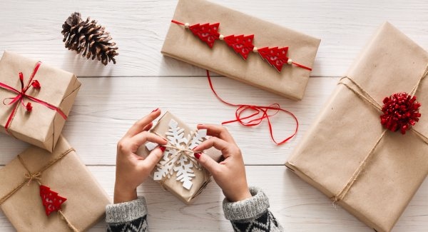 Looking for the Most Incredible Gift Wrap Ideas to Take Your Gifts to the Next Level? We Give You 10 Easy and Pocket Friendly Ideas of Gift Wrapping