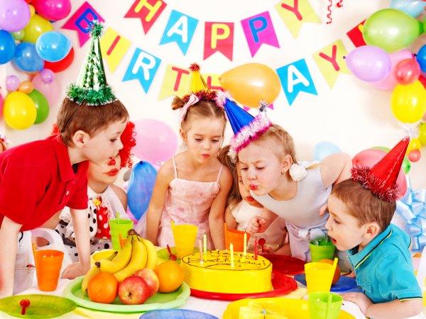 Rayakan Hari Ulang Tahun Anak dengan 7 Rekomendasi Perlengkapan Utama Berikut