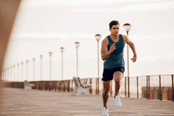 Yuk, Olahraga Lari dengan 10 Rekomendasi Sepatu Olahraga Termurah yang Nyaman untuk Pria dan Waita (2020)