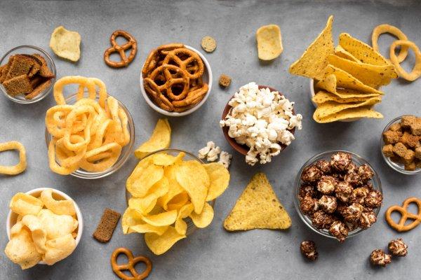 11 Snack dengan Rasa Unik ini Bikin Kamu Makin Ketagihan!