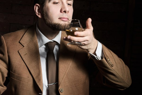 Jangan Konsumsi Berlebihan, Inilah 12 Jenis Minuman Beralkohol yang Perlu Anda Ketahui