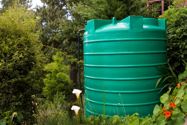 Bangun Instalasi Air Bersih di Rumah dengan 10 Rekomendasi Tandon Air Terbaik Ini (2021)