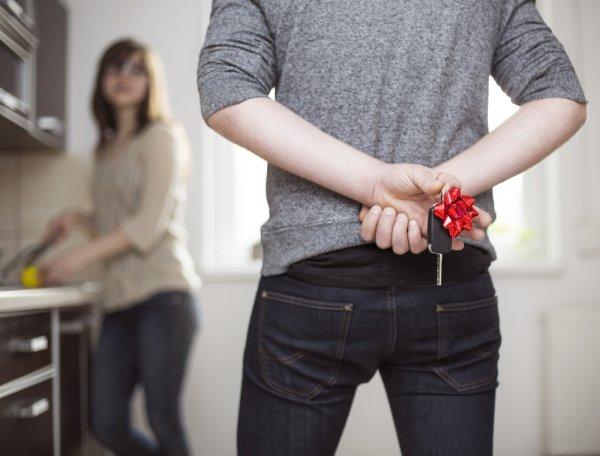 10 Ide Hadiah Ulang Tahun Untuk Istri Yang Berkesan (2018)
